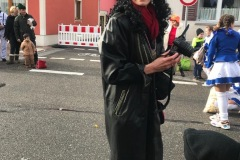 00a-Rasender-Reporter-Ulla-Simianer